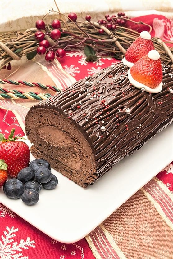 bread-cloud-buche-de-noel-christmas-chocolate-log-roll-1