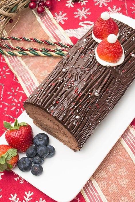 bread-cloud-buche-de-noel-christmas-chocolate-log-roll-2