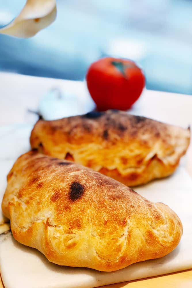 Bread-Cloud-Studio-Calzone-IMG_5053