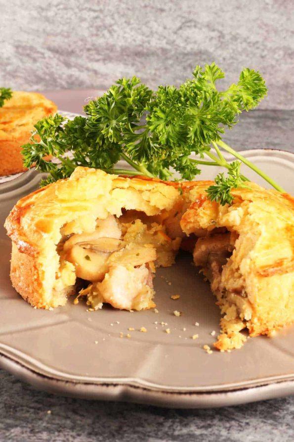 Bread-Cloud-Studio-Chicken-Pie-02