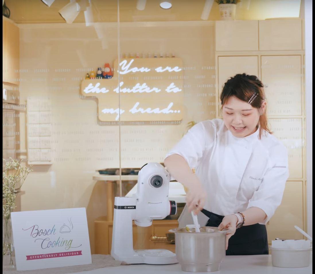BOSCH x Bread Cloud Studio – Pistachio Burnt Cheesecake